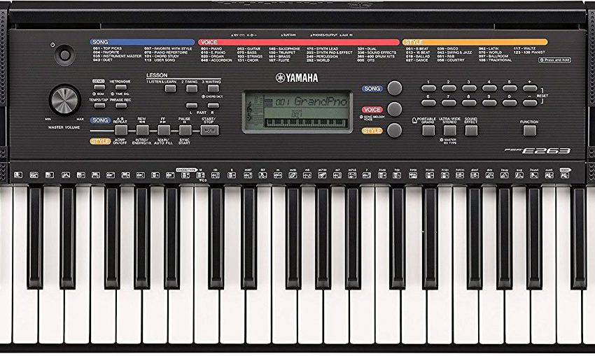 Yamaha PSR-E263 Keyboard portable